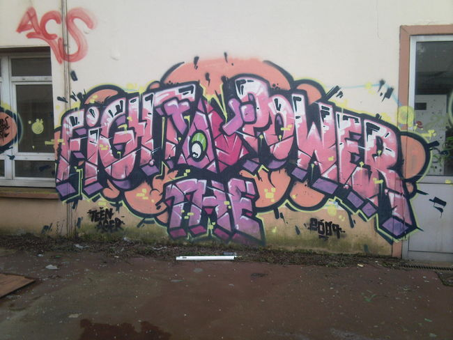 Big Walls By Teenager - Les Clayes-sous-Bois (France)