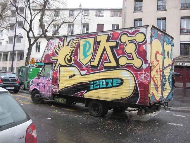 Piece Par Risot, Deks - Paris (France)