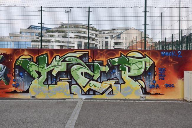Piece Par Shuck2 - Issy-les-Moulineaux (France)