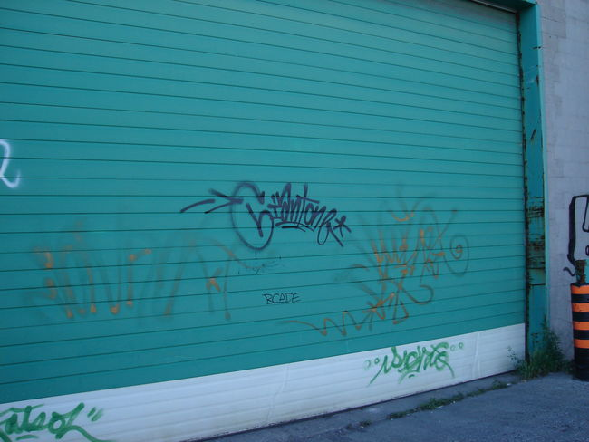 Tags By Giant - Vancouver (Canada)