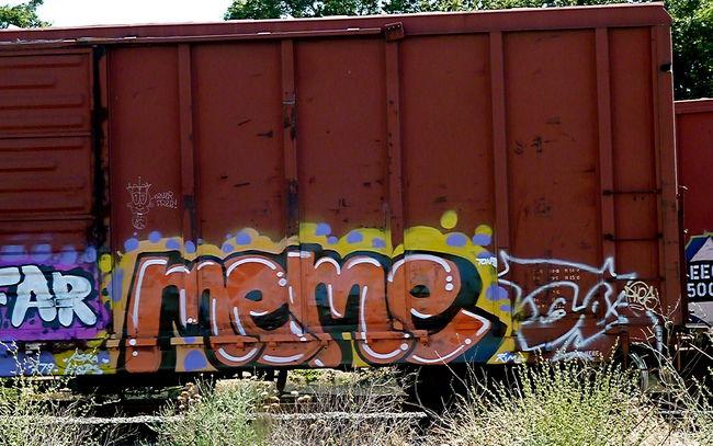 Throw Ups Par Meme - Sacramento (KY)