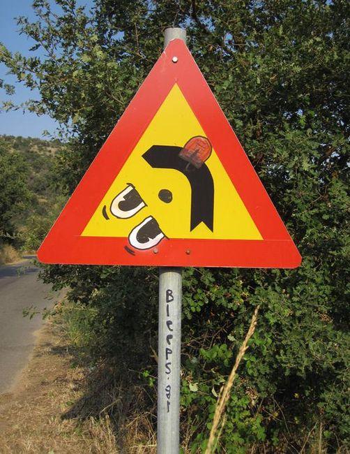 Street Art Par Bleeps.gr - Kalamata (Grece)