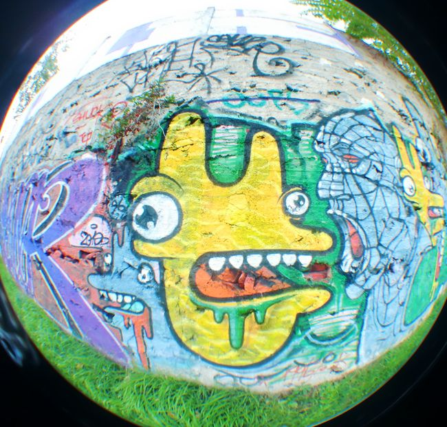 characters by yak bagnolet france street art and