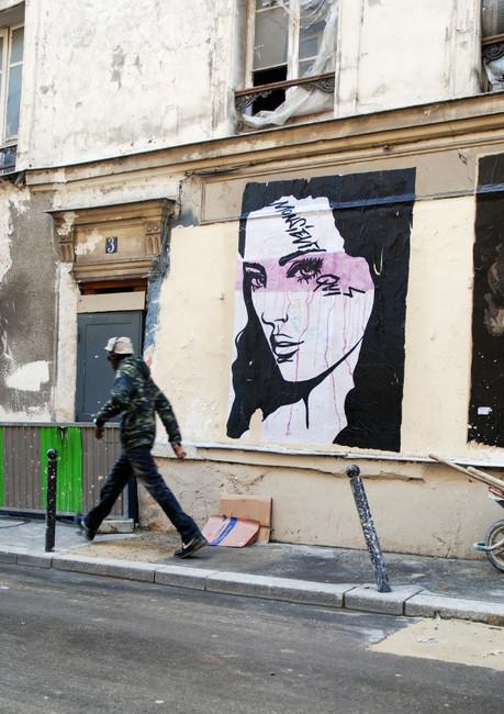 Street Art Par Monsieur Qui - Paris (France)