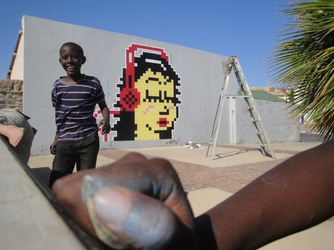 Street Art Par Cook - Luderitz (Namibie)