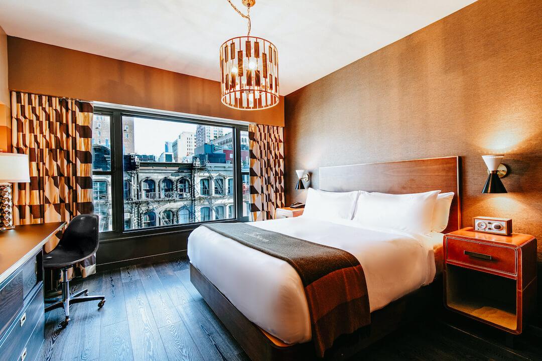 Roxy deluxe king room