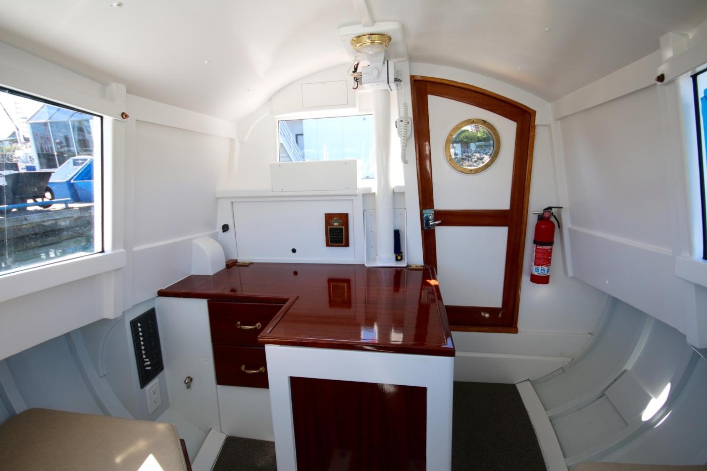 1980 Bill Garden Pocket Cruiser 20, Looking aft to desk and door