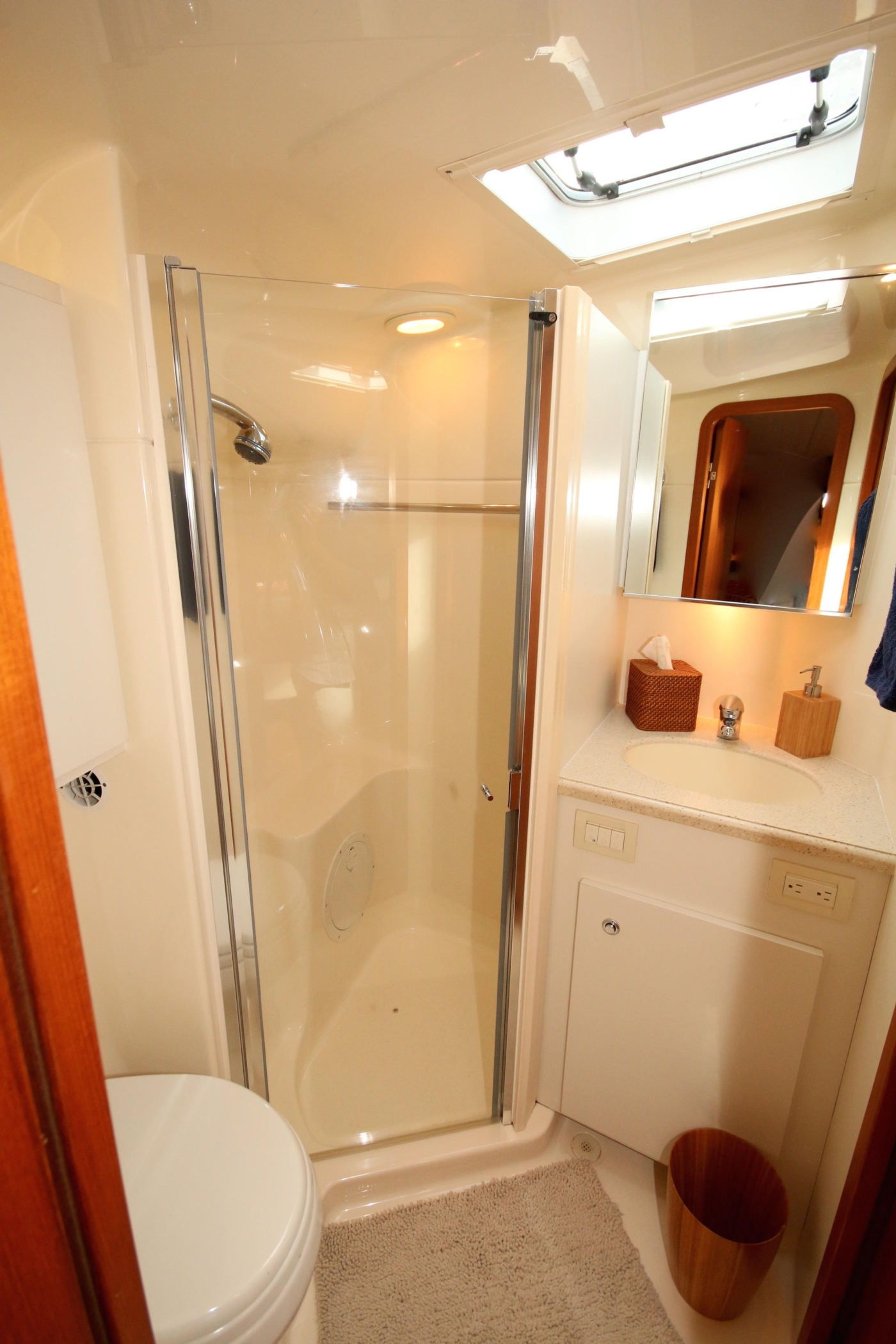 2007 Tiara 4200 Open, private head with shower stall