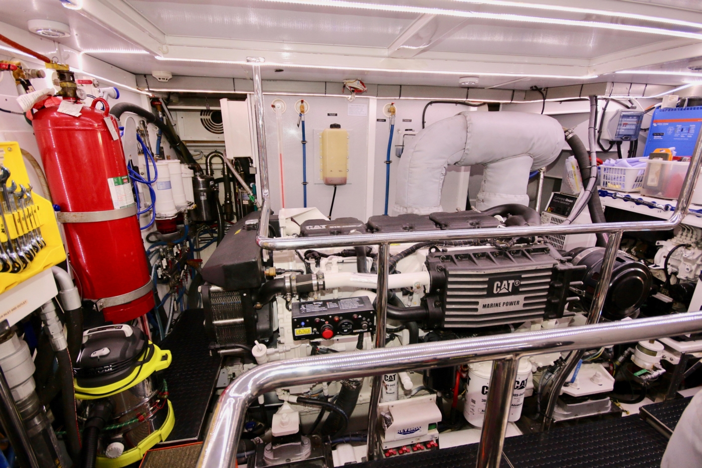 2011 Hampton 75 Endurance LRC, Fire suppression system