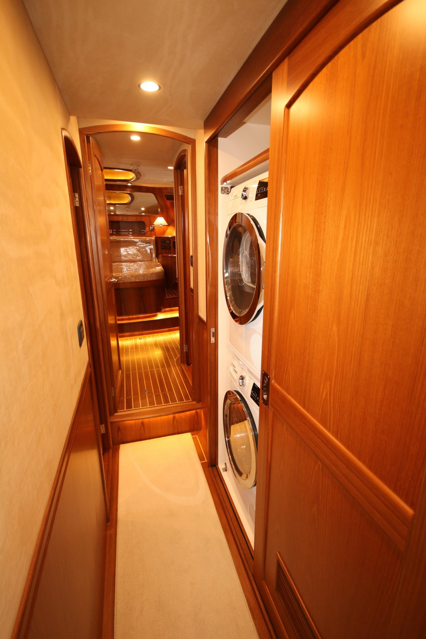 2020 Fleming 65 Pilothouse In Stock, Washer/Dryer