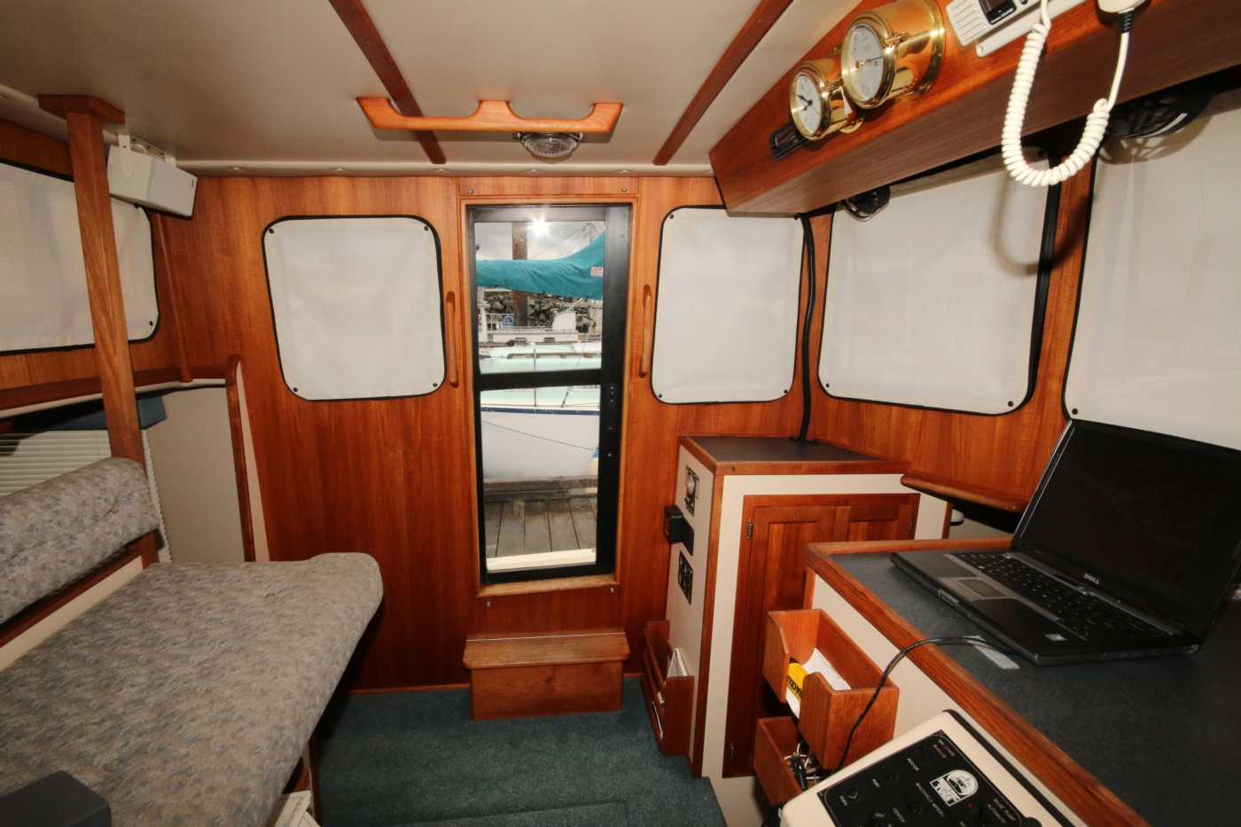 1999 Nordic Tugs 32, Pilothouse view to Port