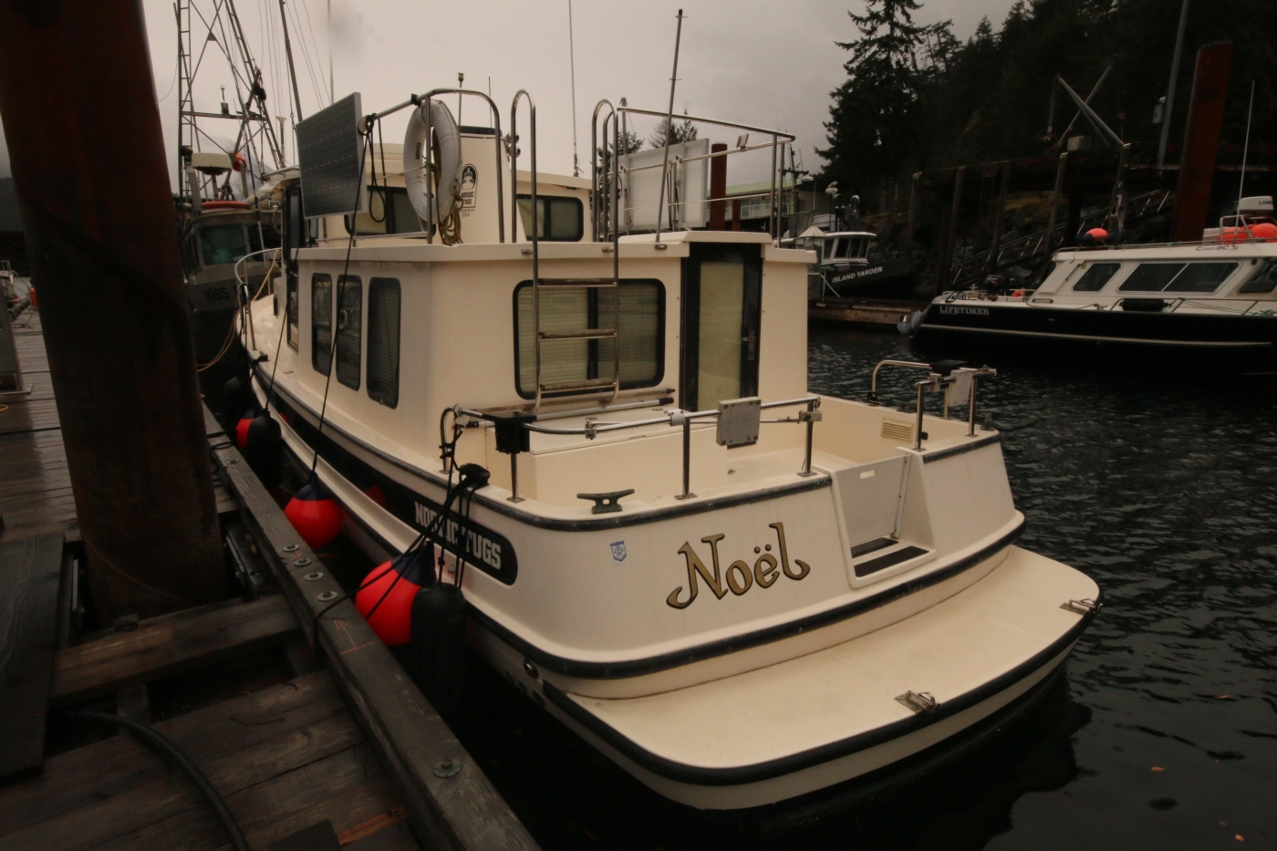 1999 Nordic Tugs 32, Access to Cockpit from Swim Grid