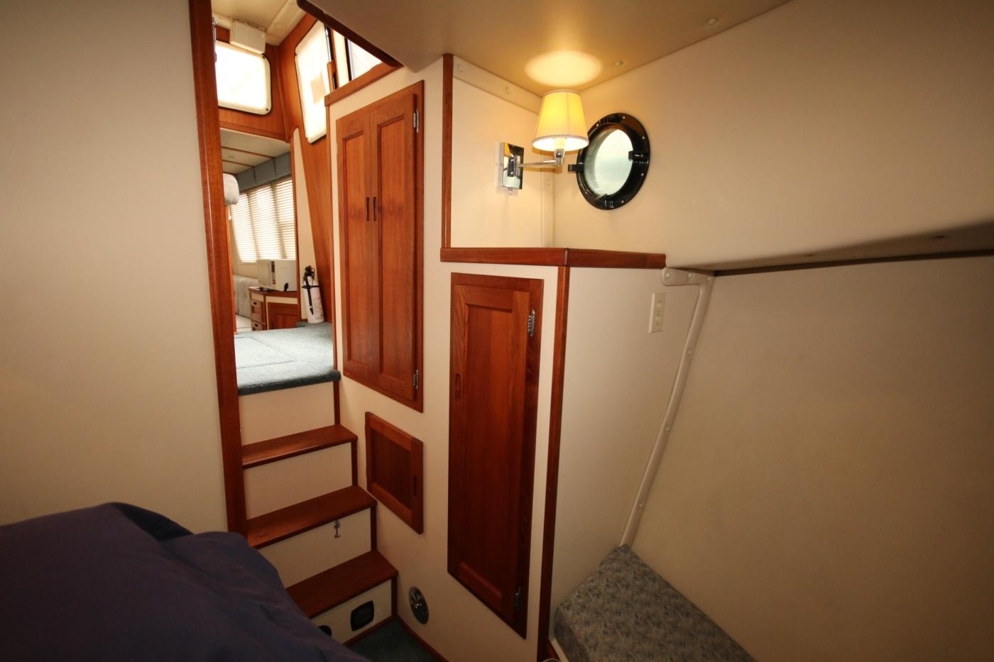 1999 Nordic Tugs 32, Hanging Locker & Seating to Port