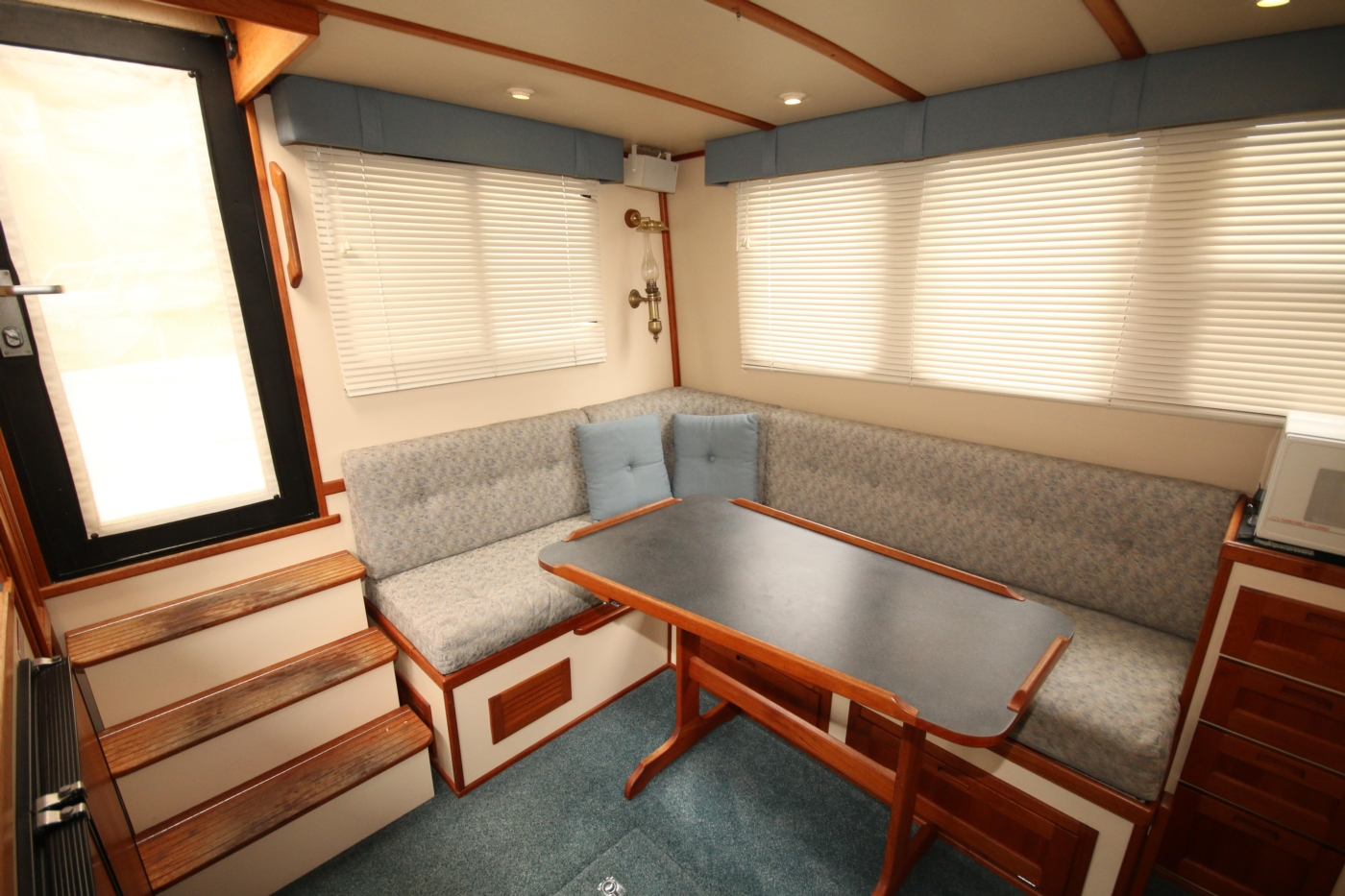 1999 Nordic Tugs 32, Salon Settee and Dining Table