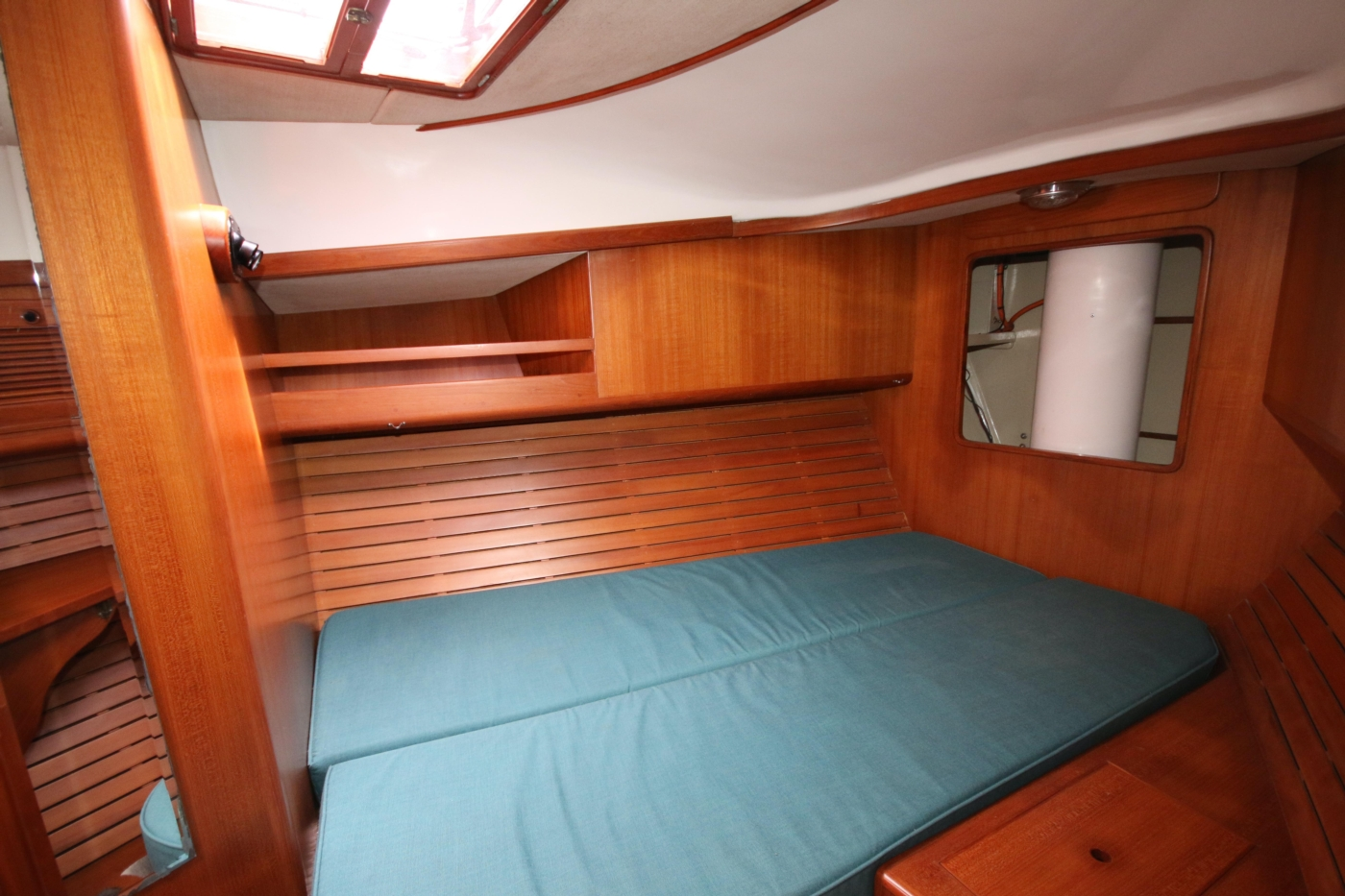 1996 Tanton 45 Offshore, Forward berth