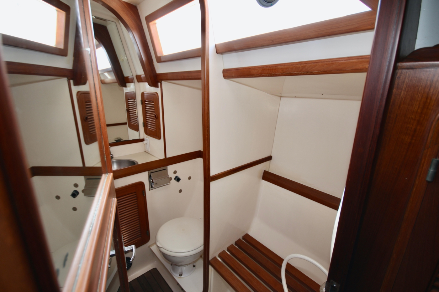 1996 Tanton 45 Offshore, Aft head view from stbd cabin