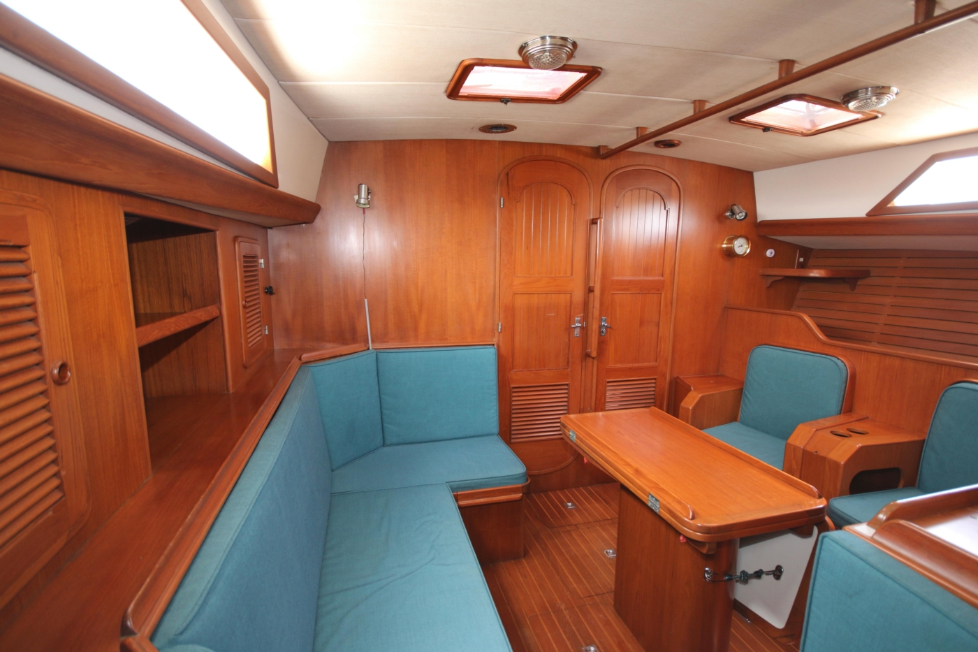 1996 Tanton 45 Offshore, Salon