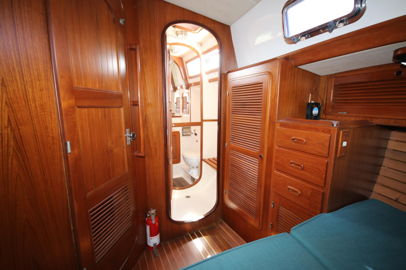 1996 Tanton 45 Offshore, Aft queen access to head
