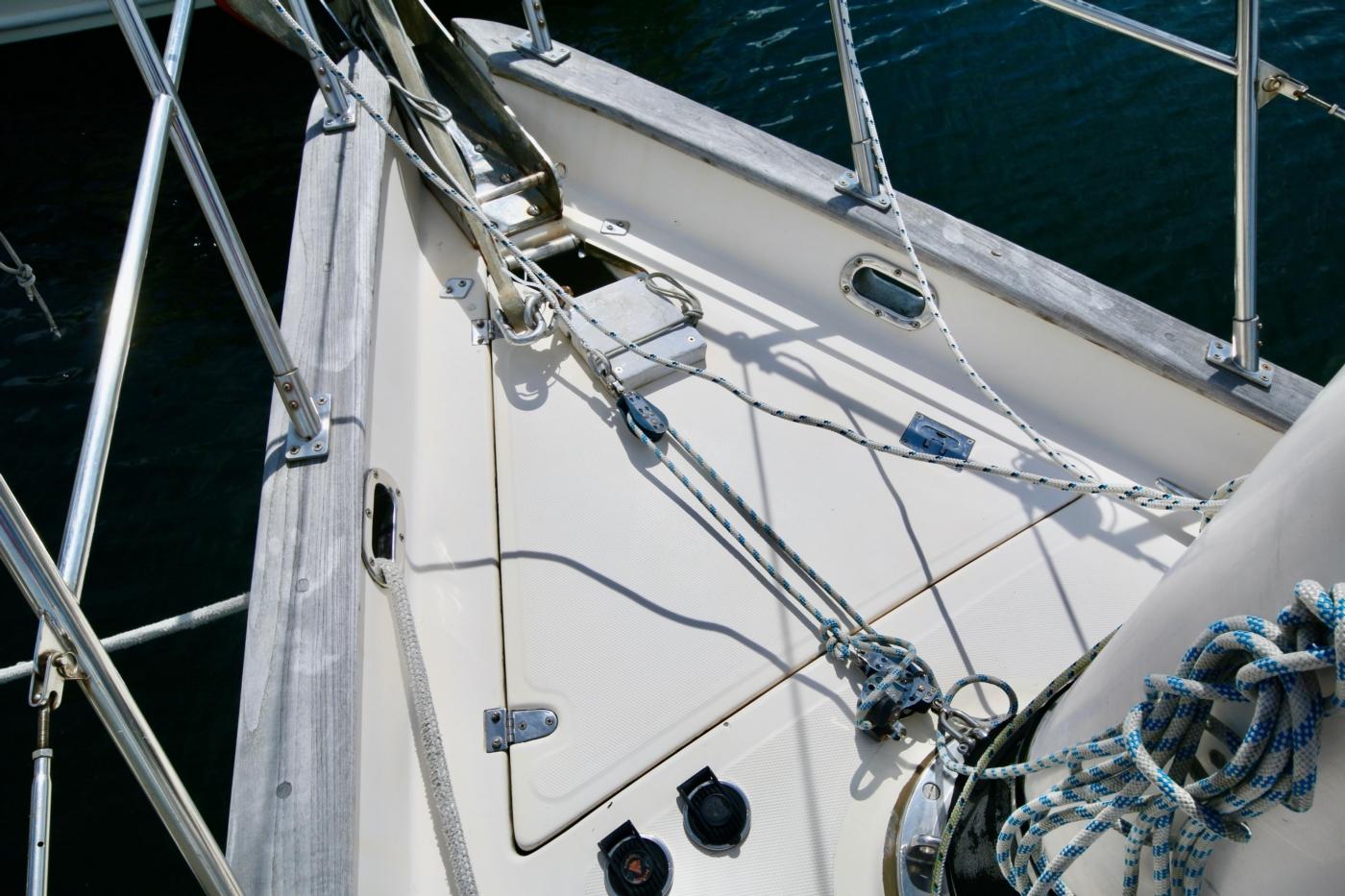 1996 Tanton 45 Offshore, Foredeck