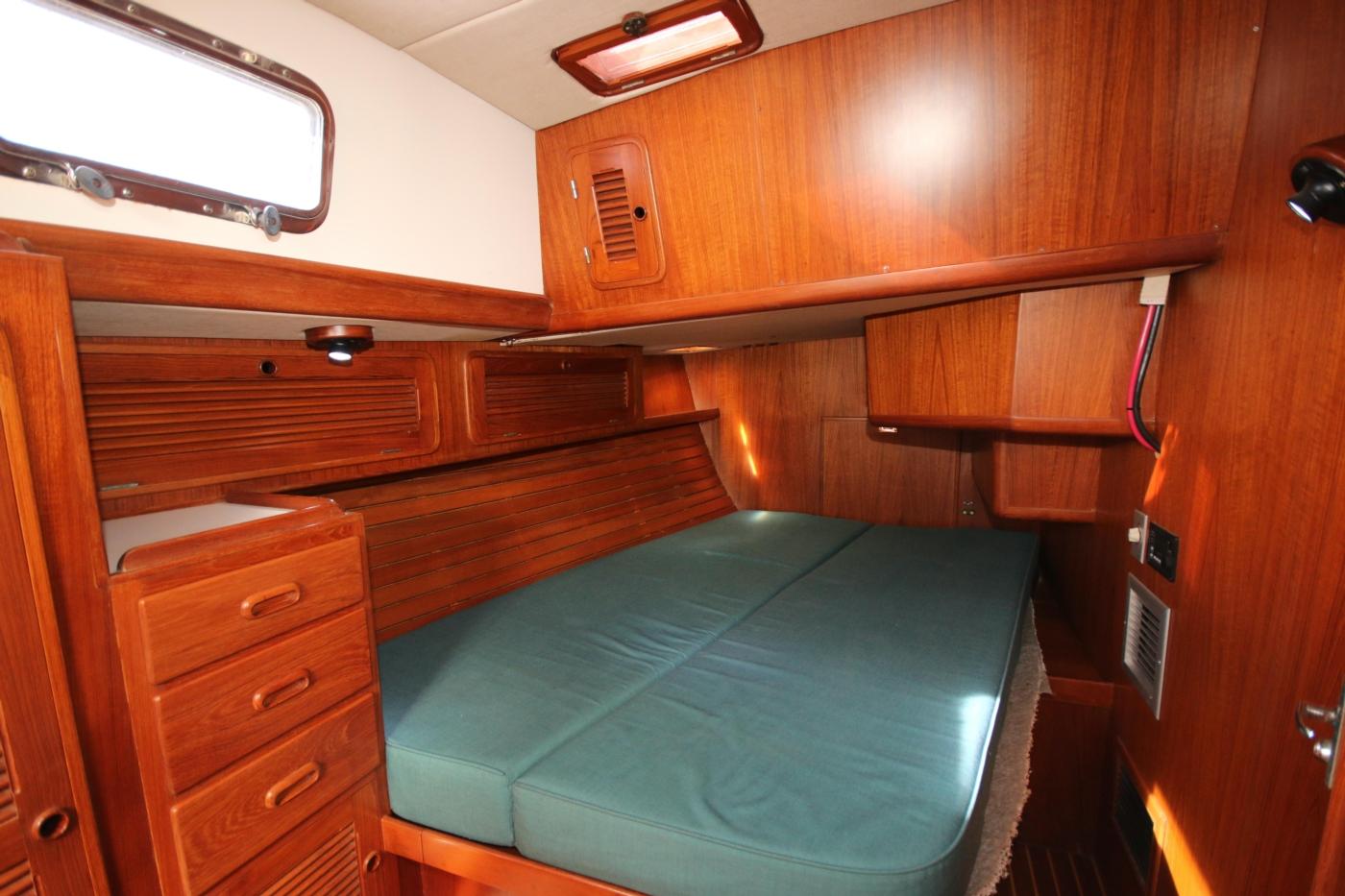 1996 Tanton 45 Offshore, Aft queen berth starboard