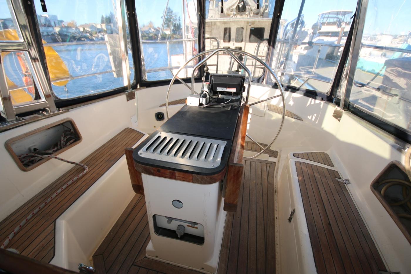 1996 Tanton 45 Offshore, Cockpit
