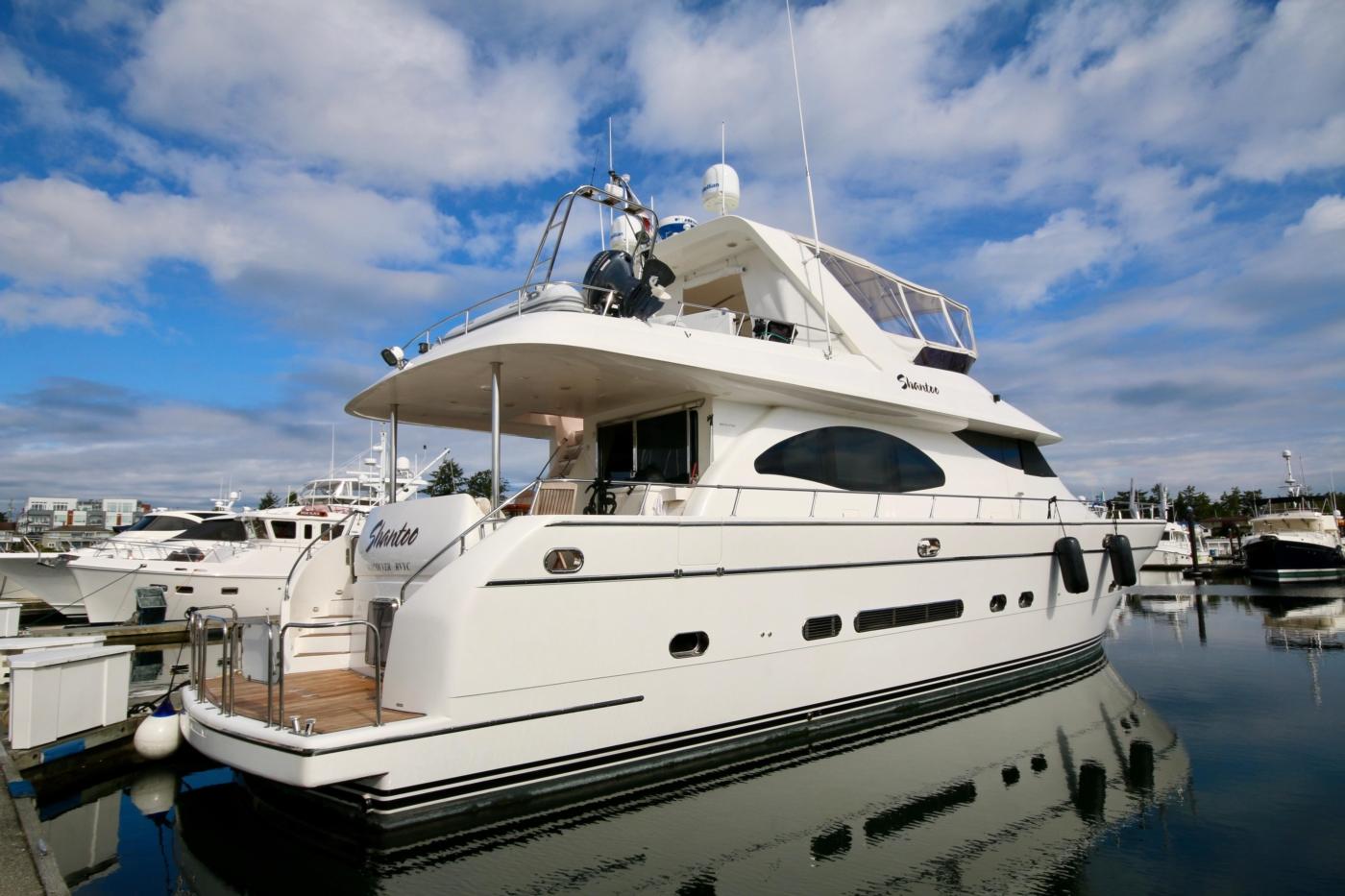 2002 Monte Fino 68, Starboard Aft Quarter