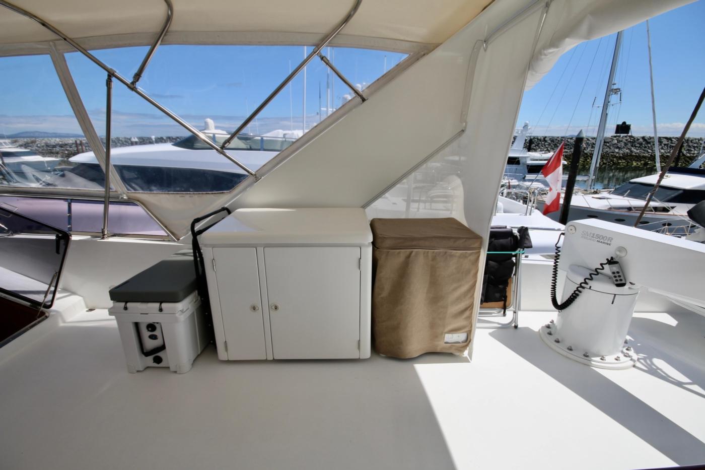 2002 Monte Fino 68, Cooler, Fridge Cabinet & Deep Freeze