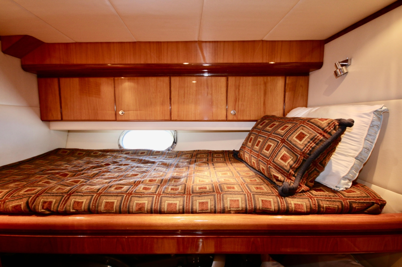 2002 Monte Fino 68, Bunks in 2nd Guest Stateroom