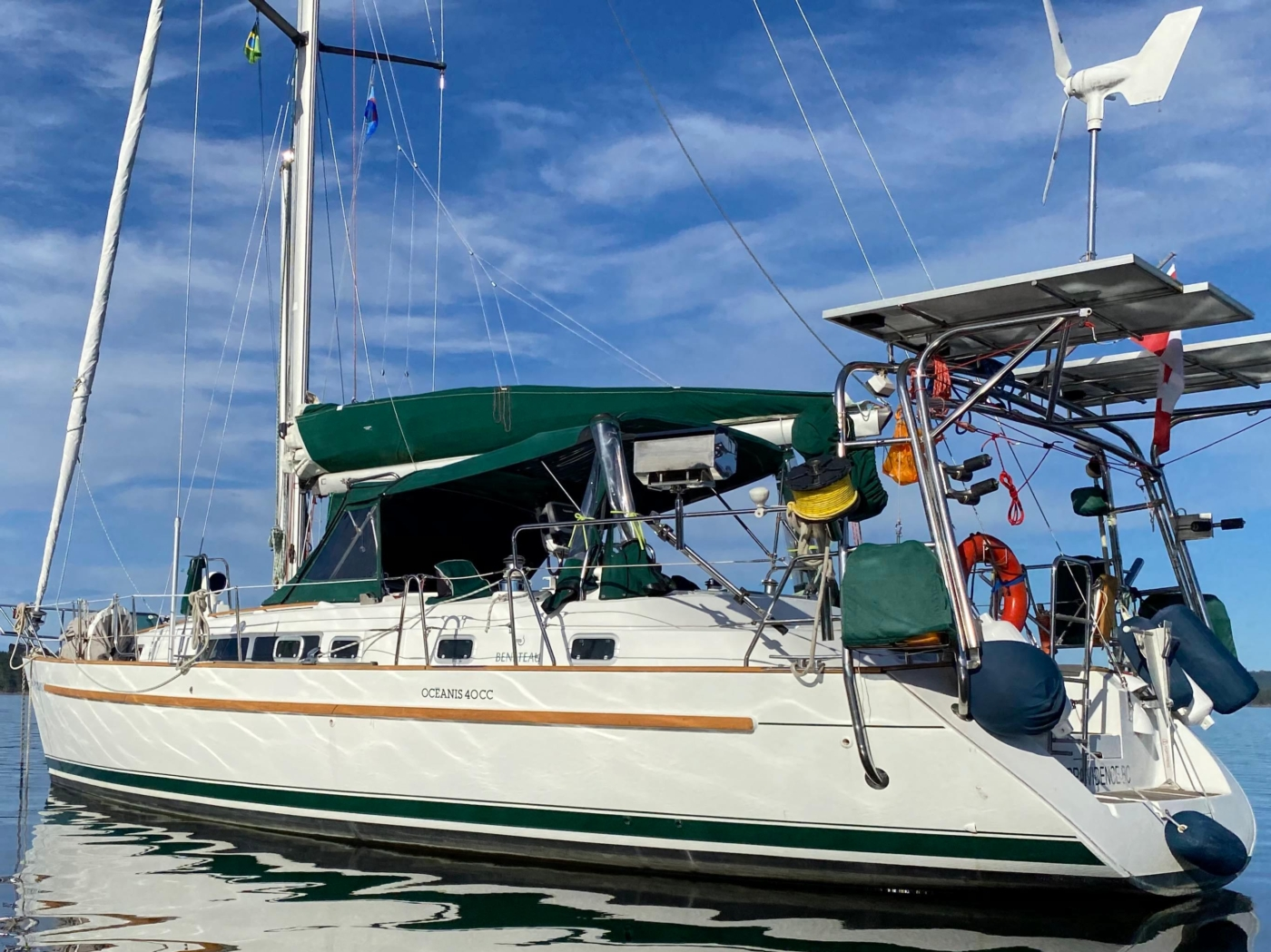 41 feet Beneteau Oceanis 40 CC 2001 offered by Grand Yachts
