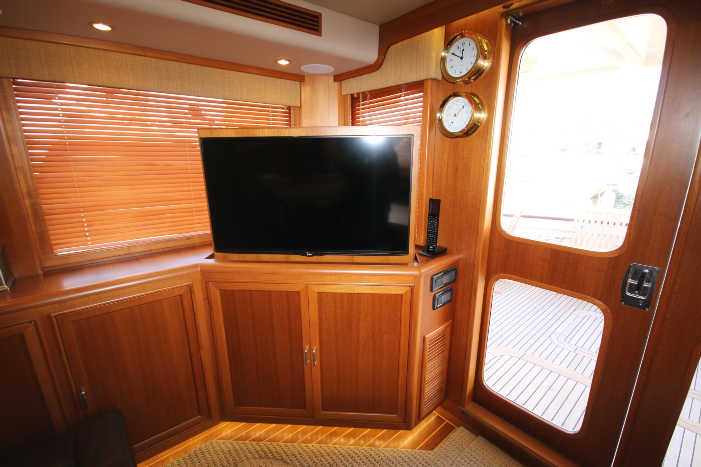 2015 Fleming 58 Pilothouse, TV in up position