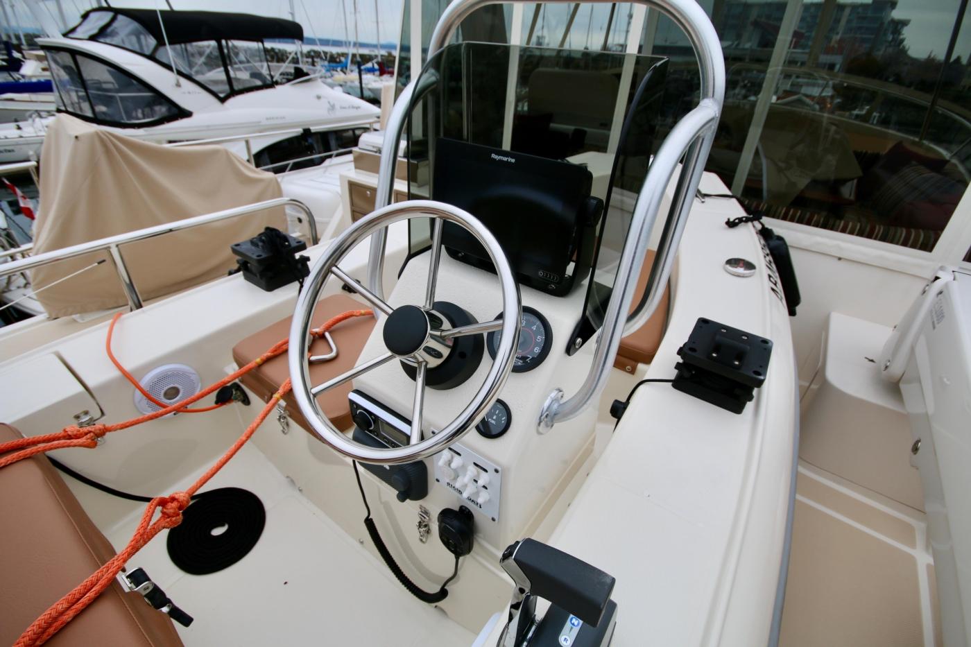 2015 Fleming 58 Pilothouse, Tender controls