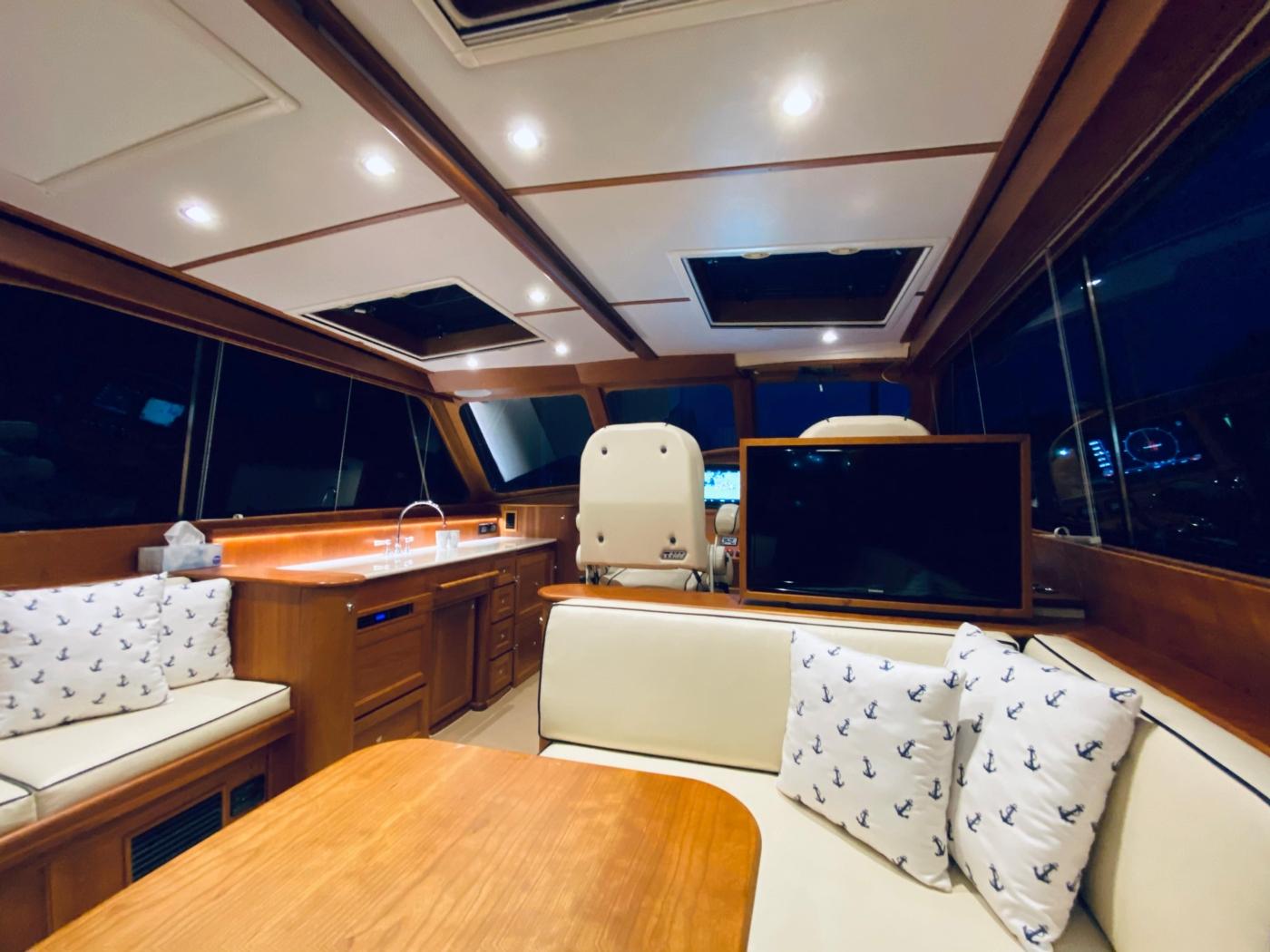 2018 Hinckley Talaria 48 MKII, Starboard looking forward