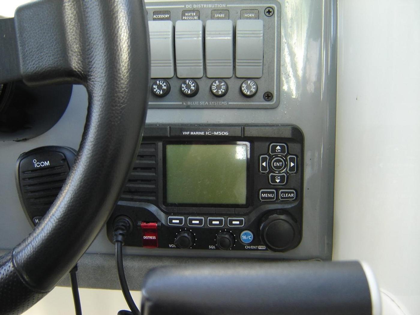 2019 Monaro 235 Sport, VHF Radio with AIS