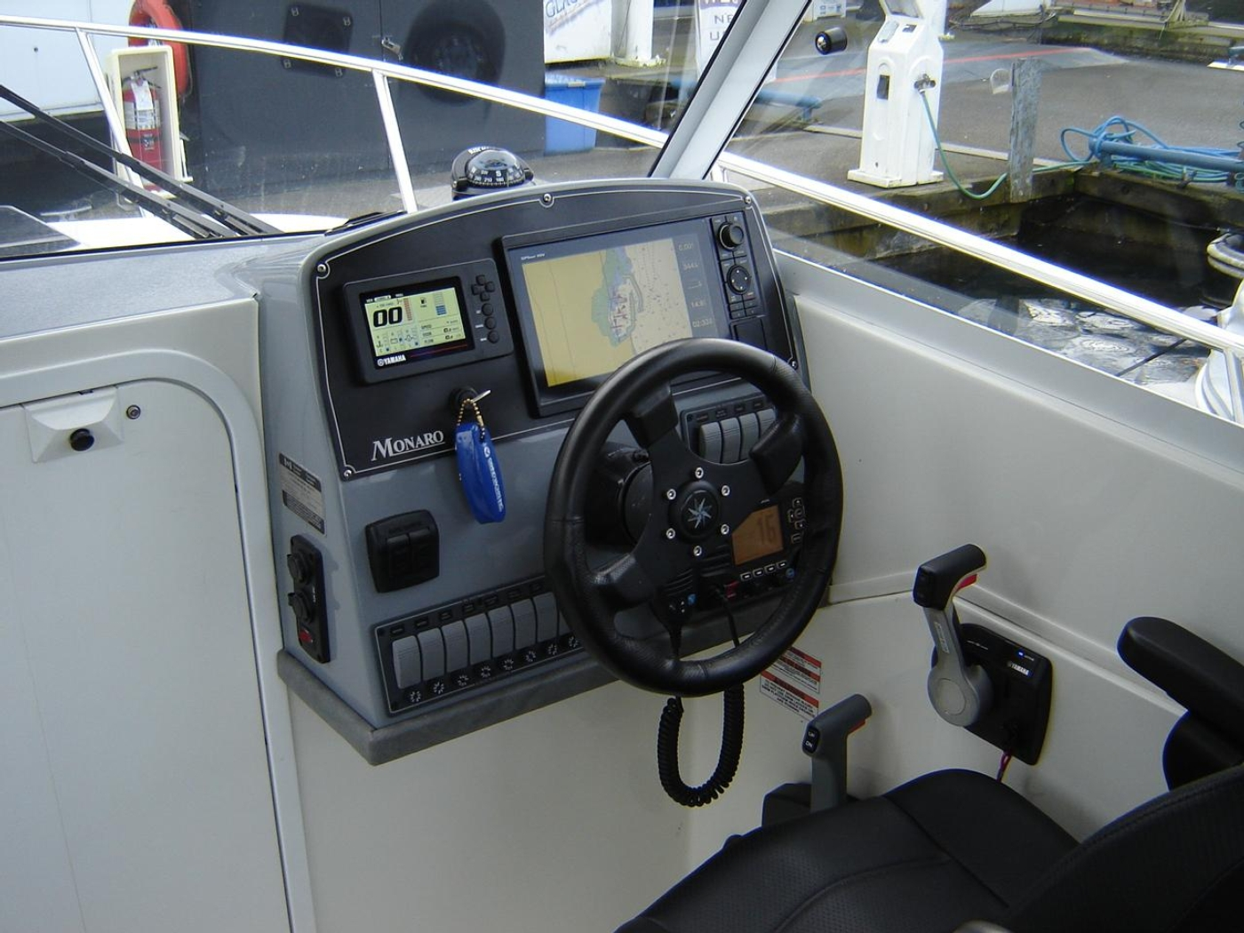 2019 Monaro 235 Sport, Helm and Electronics to Starboard