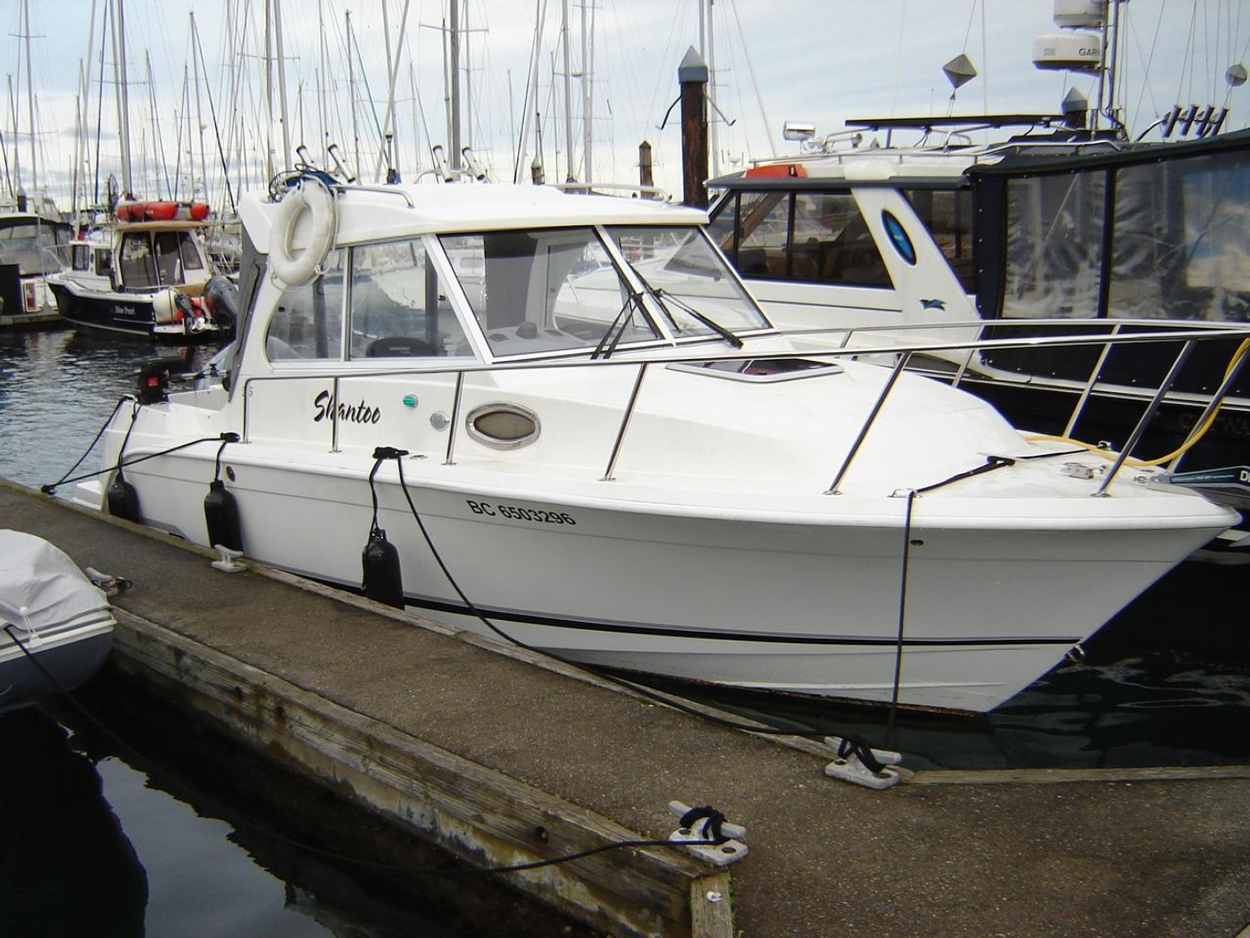 2019 Monaro 235 Sport, At the dock