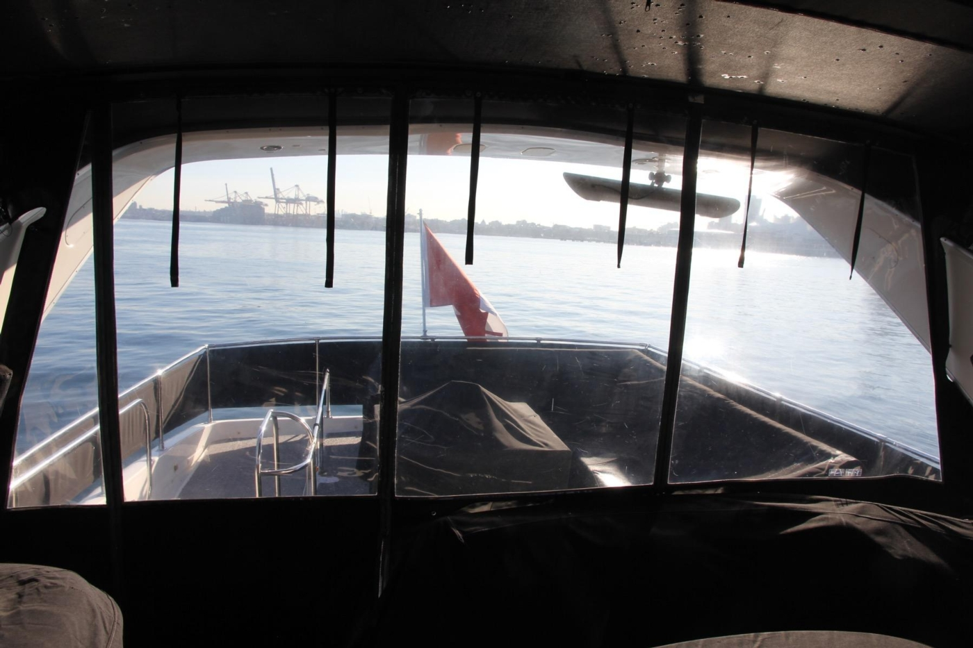 1999 Bayliner 5788 Pilot House Motoryacht, Canvas Covers and Enclosure