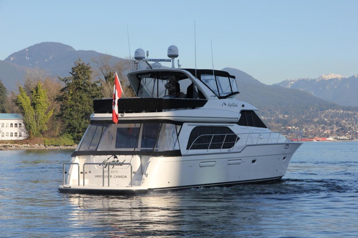 1999 Bayliner 5788 Pilot House Motoryacht, Starboard Aft