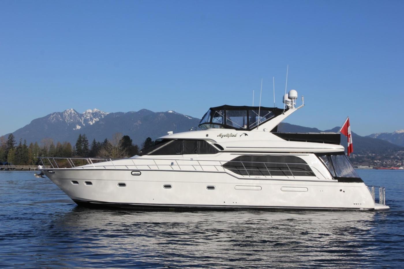 1999 Bayliner 5788 Pilot House Motoryacht, Vessel Profile