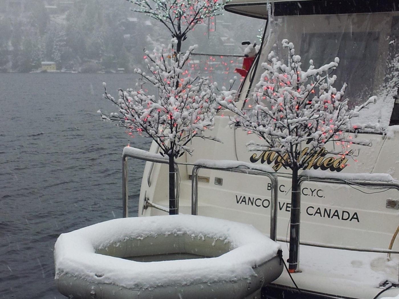 1999 Bayliner 5788 Pilot House Motoryacht, Winter Yachtub