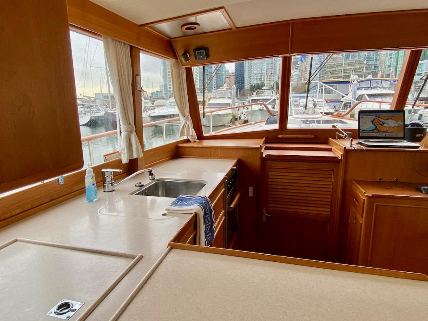 1998 Grand Banks 42 Classic, Galley 4
