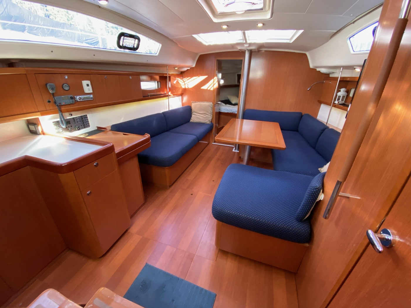 2010 Beneteau Oceanis 40, Galley and Salon