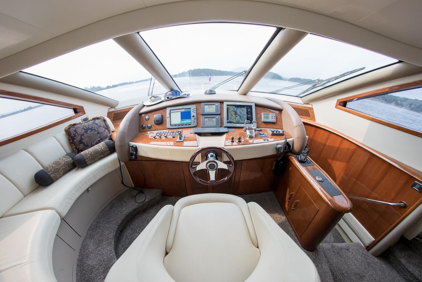 2006 Marquis Motor Yacht, Lower Helm