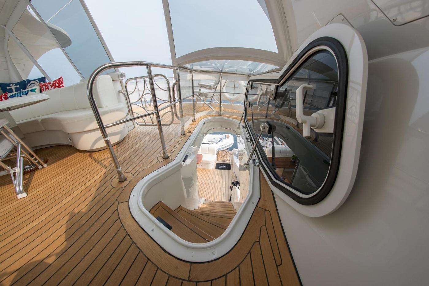 2006 Marquis Motor Yacht, Flybridge to main deck