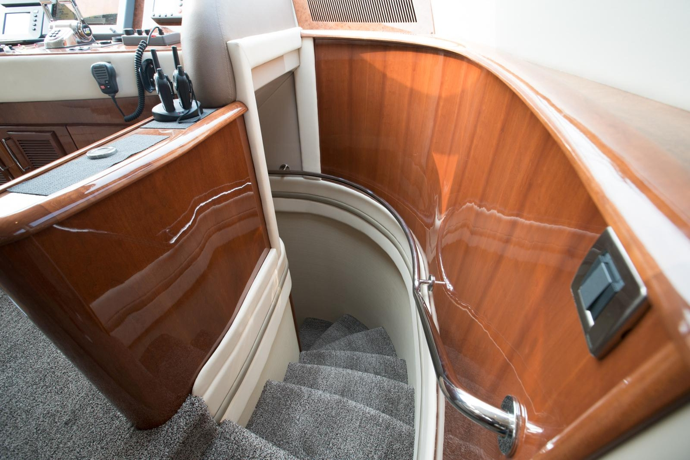 2006 Marquis Motor Yacht, Access to accommodation