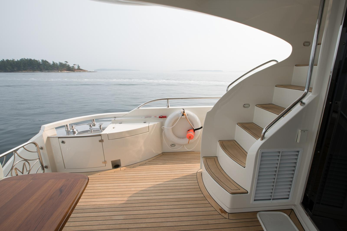 2006 Marquis Motor Yacht, Aft deck