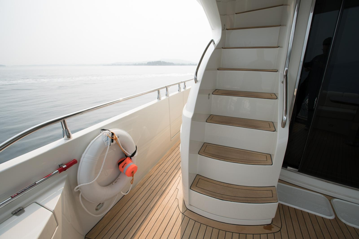 2006 Marquis Motor Yacht, Staircase to flybridge