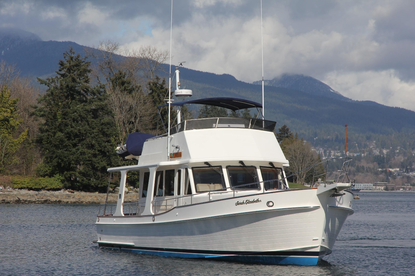2009 Grand Banks 47 Europa, Starboard Profile Underway