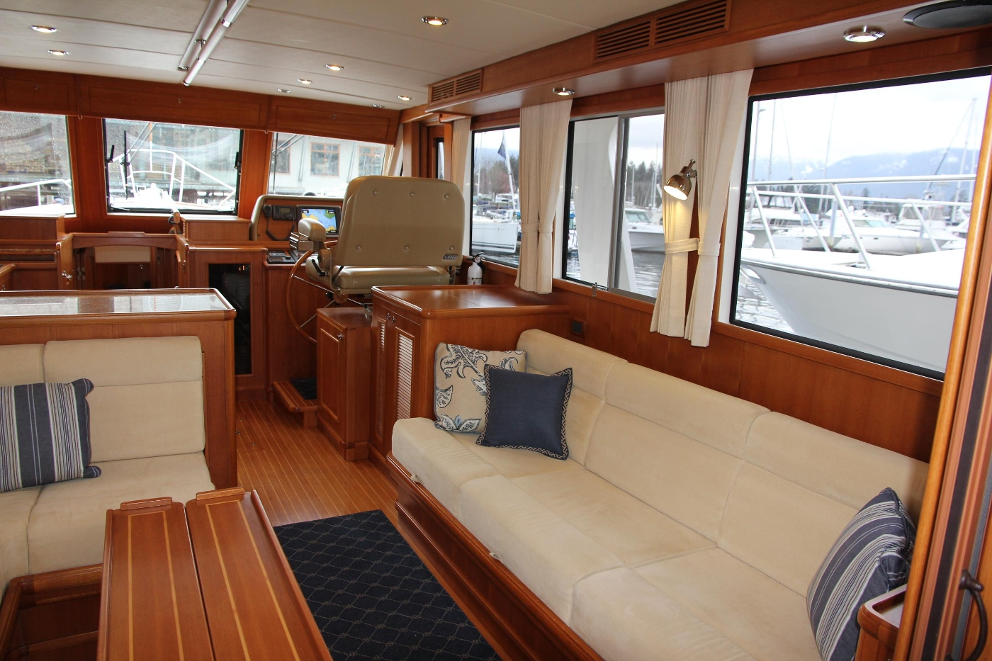2009 Grand Banks 47 Europa, Starboard Settee Forward