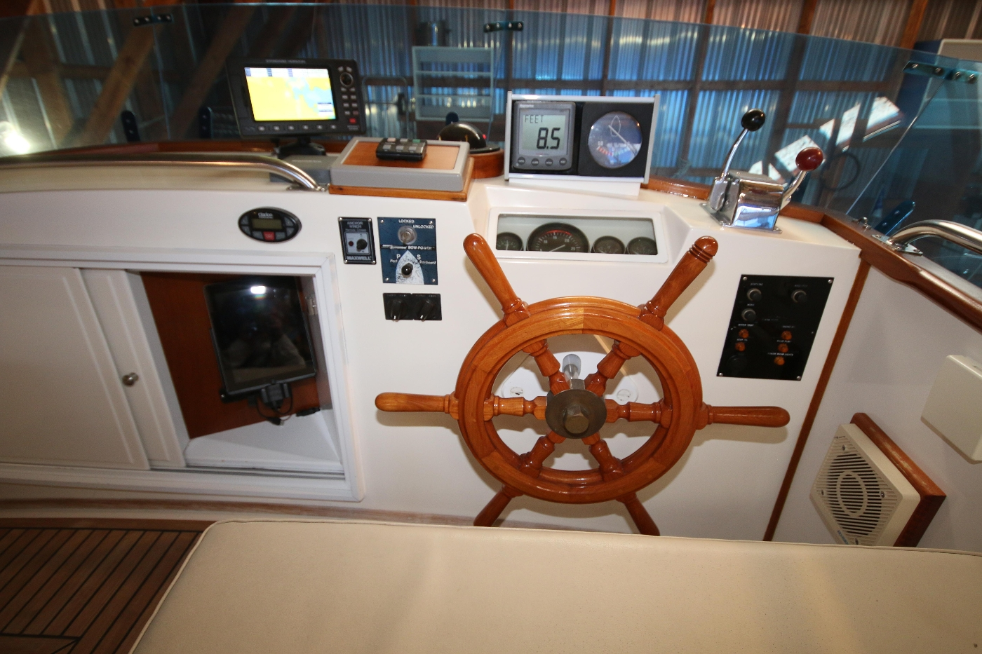 1988 Grand Banks 32, Well Equipped Flybridge Helm