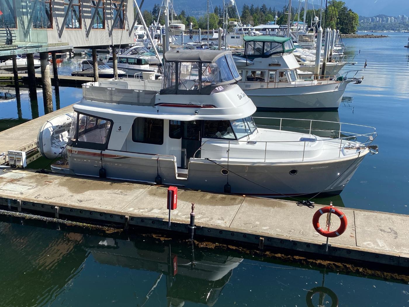 2015 Beneteau Swift Trawler 34,